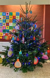 Weihnachtsbaum (2).jpg